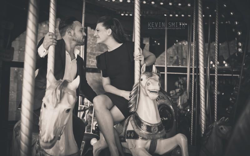 Engagement_Carroussel_Saint_Malo_Intra_Muros_Kevin_Smith_Photographe